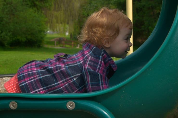 Playground+with+Niko_20110530_0204